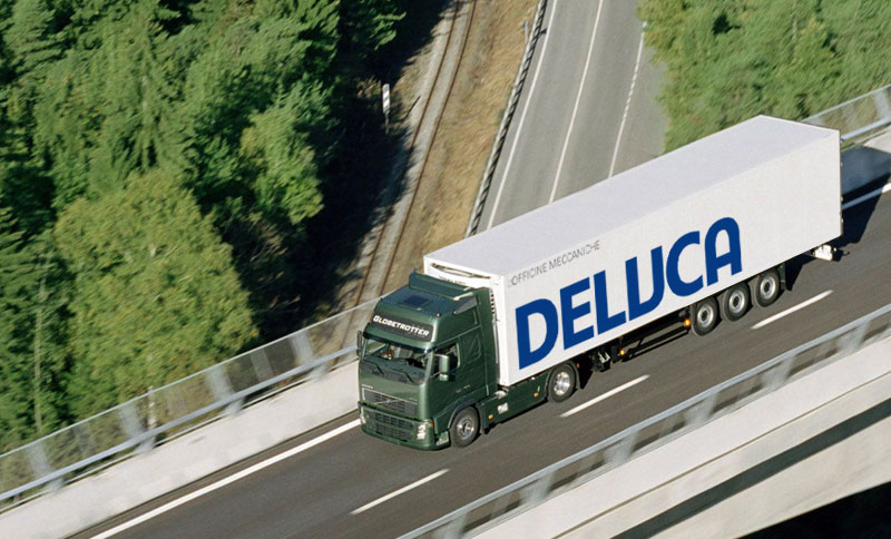 Officine De Luca. Truck branding mockup